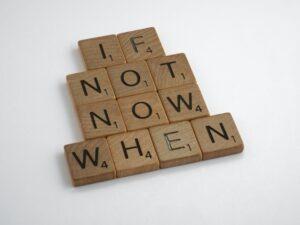 Je li ti bolje danas ili sutra?